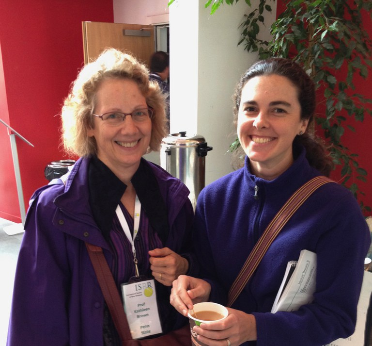 Kathleen Brown (left) and Amelia Henry (right) continue collaborations at the 2016 ISRR meeting